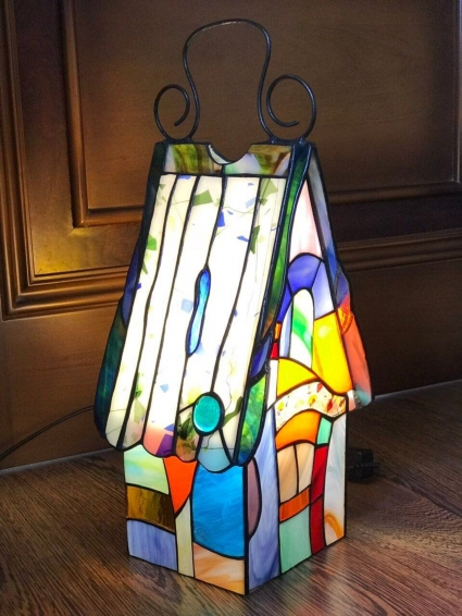 Tiffany Style Stained Glass HandCrafted Bedside Corner Table Lamp