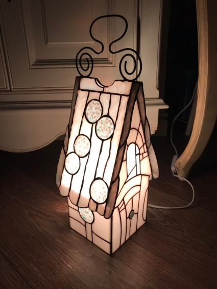Tiffany Style Stained Glass and fusing HandCrafted Bedside Corner Table Lamp